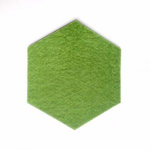 hexagon onderzetter - set van vier in olijfgroen, handgemaakt uit duurzaam vilt