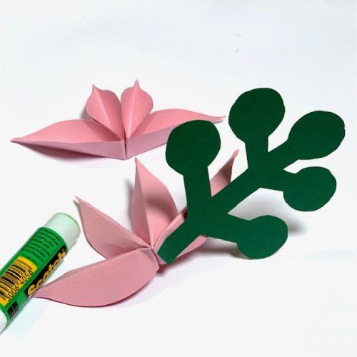 lekker zelf maken: deze vrolijke papieren bloemen