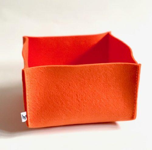 oranje vilten mand M biedt zo'n 3 liter aan opbergruimte in huis